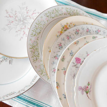"Mismatched China Dinner Plates Floral Mid Century 10"" Set of 8"