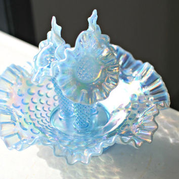 Vintage Fenton hobnail epergne art glass bowl with 3 horn vases. Beautiful opalescent sky blue glass with purple, green, and yellow color