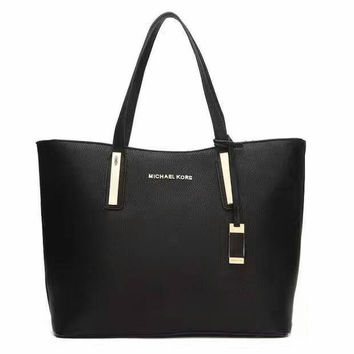 Michael Kors Jet Set Signature Logo Tote Handbag black