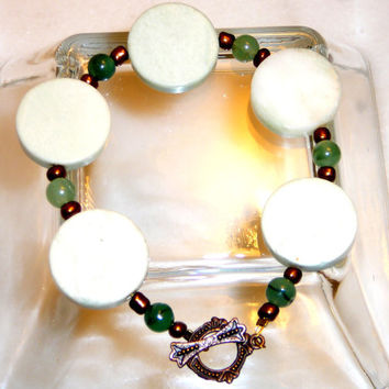 Light Green Marble & New Jade Bracelet with Antique Style Gold Clasp. Pastel Green. Gold. Jade. Jewelry Sale.