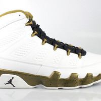Air Jordan Men's 9 IX Retro Statue