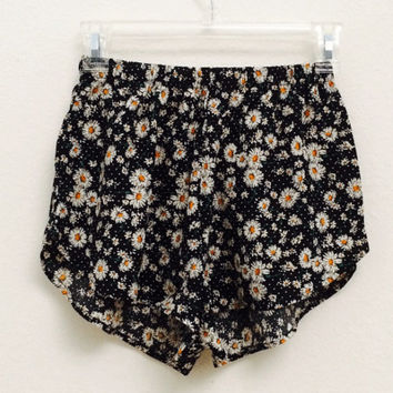 High Waisted Darling Daisy Shorts size medium or large