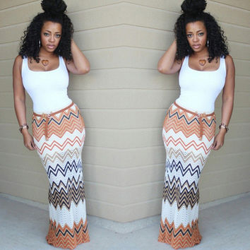 White Wavy Stripe Sleeveless Maxi Dress