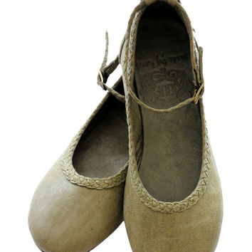 ELF. Green leather ballet flats / womens flat shoes / leather flats / green flats. Sizes  4-13. Available in different leather colors.
