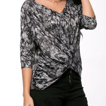 Casual V-Neck Ruched Animal Printed Long Sleeve T-Shirt
