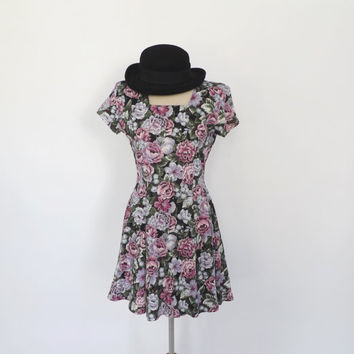 Vintage Flirty 1990s Rose Floral Party Dress Mini Cotton Summer Sundress Day Dress Indie Boho Hipster Grunge Punk Babydoll Dress Size Meidum