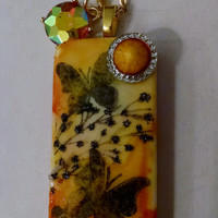 Butterfly Necklace, Shiny Yellow, Altered Domino, Altered Art Domino, Altered Art Jewelry, Recycled Domino, Upcycled Domino, Domino Necklace