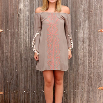 Paradisus Dress in Latte