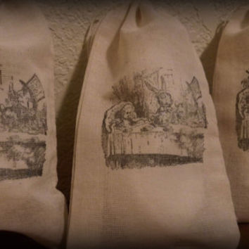 Set Of 10 Hand stamped   Alice In Wonderland Tea Party Wedding Party Favor Bags 100% organic made in america
