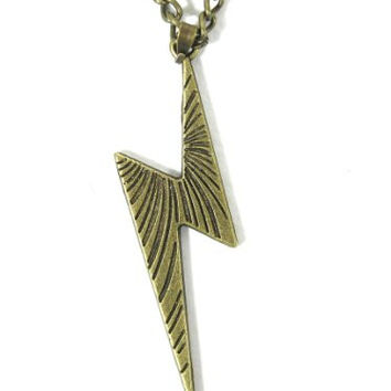 Lightning Bolt Necklace Retro Zap Flash Storm Gold Tone NC53 Retro Pop Pendant Fashion Jewelry