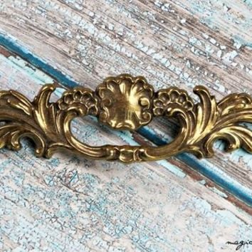 Gold French Provincial Dresser Pull Brass Drawer Pull Vintage Drawer Pull Decorative Drawer Pull French Country Furniture Pull Cabinet Pull