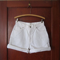 vintage white Levis shorts. roll up denim shorts.