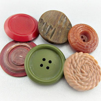 Antique Vintage Button Lot, Brown Red Green Buttons, Carved Bakelite Celluloid Plastic Button, Extra Large Buttons, Bulk Sewing Craft Button