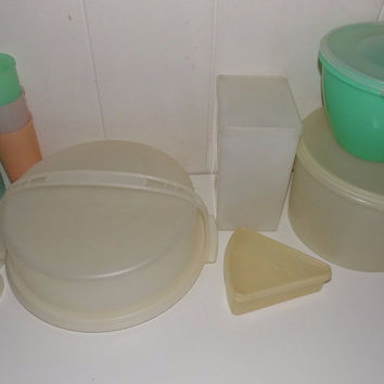 Lot of Vintage Tupperware Lettuce Keeper, Tumblers, Ice Cream, Pie Carrier