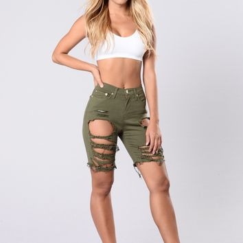 Gone Fishing Shorts - Olive