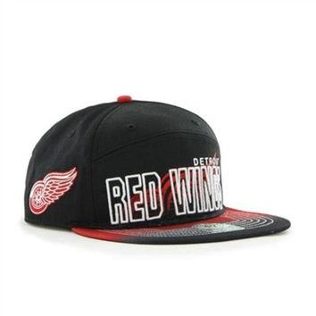 ONETOW NHL 47 Brand Detroit Red Wings Split Front Glowdown Captain Snapback