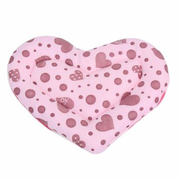 22cm x 18cm Cute Heart Small Animal Hamster Mat Soft Plush Winter Warm Guinea Pig Rabbit Cage Mat High Quality
