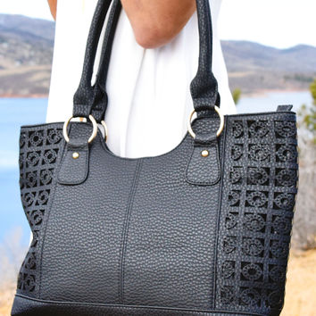 Ibiza Textured Shoulder Bag Black