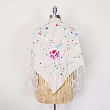 Vintage 90s 70s Beige Embroider Shawl Mexican Embroider Wrap Floral Embroider Cape Top Fringe Shawl 70s Shawl Hippie Shawl Boho Shawl S