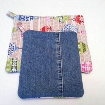 Christmas Pot Holders / Holiday Hot Pads / Christmas Hostess Gift / Christmas in July / Denim Christmas
