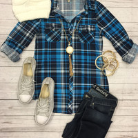 Penny Plaid Flannel Top: Turquoise