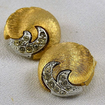 Rhinestone Earrings - Brushed Gold Tone w/ Silver Tone Flame Inset - Clip On - Vintage Elegance