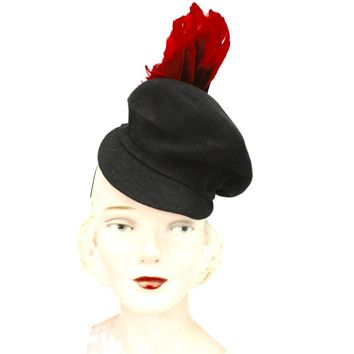 62a5bdbd6d5443 Vintage Womens Doll Hat 1930s Black Felt Fascinator Red Feather Accent WW2