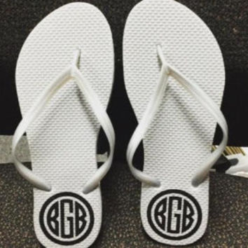 Monogrammed Flip Flops | Personalized Flip Flops | Monogrammed Flip Flops Wedding | Destination Wedding Sandals | Cruise Ship Flip Flops