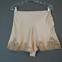 Vintage 1930s Panties Silk Tap Pants, 27 inch waist, 30s Peach Lingerie with Sheer Lace