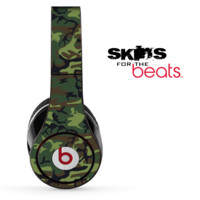 Traditional Green Camouflage V7 Skin for the Beats by Dre Solo, Studio, Wireless, Pro or Mixr