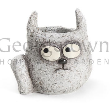 Blob House Pooh the Cat Garden Planter