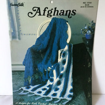 Susan Bates Afghans Hairpin Lace Crochet Pattern 12 Designs Irish Daisies Strips Shells 17310 Vintage
