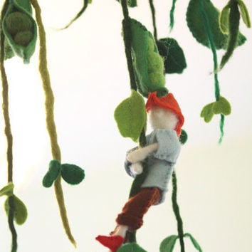 Jack And The Beanstalk Mobile Playground, fairy tale gift for children and grownups, children room decor, cloud mobile, giant, felt mobile