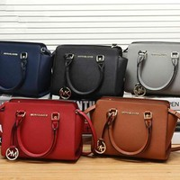 """Michael Kors"" Classic Simple Fashion All-match Single Shoulder Messenger Bag MK Women Wing Handbag"