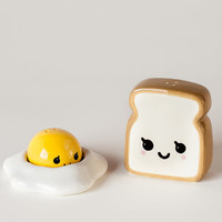 Ceramic Egg & Toast Salt & Pepper Shakers