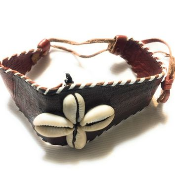 Star Design Cowry Shell Leather Bracelet by Doorstoafrica