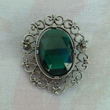 Emerald Green Oval Rose Cut Brooch Openwork Frame Vintage Jewelry