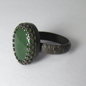 Nephrite Jade Ring Oxidized Sterling Silver Floral Filigree Antique style Ring Oval Cabochon Sz 7 1/4 August Birthstone
