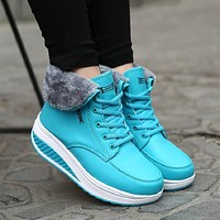 Women Winter Snow Boots Lace Up Wedges Ankle Boots Platform Sneakers Plush Warm
