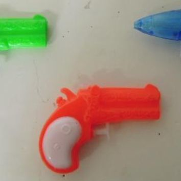 Assorted mini water guns in display - CASE OF 96