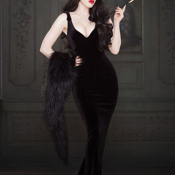 Laura Byrnes California Gilda Gown in Black Velvet