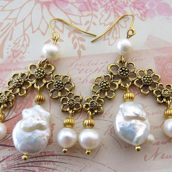 Keshi pearl earrings with filigrees antiqued gold tone italian handmade jewels vintage bride jewelry Sofia's Bijoux  Made in Italy