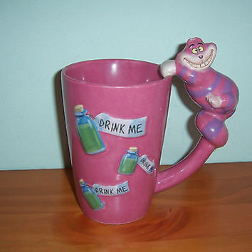 DISNEY STORE LARGE 3D CHESHIRE CAT - DRINK ME - MUG ALICE IN WONDERLAND