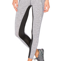 SOLOW Crosscut Ankle Legging in White Stripe