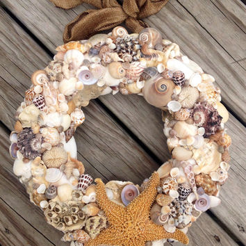 Starfish Wreath, Nautical Home Decor, SeaShell Wreath, Ocean Inspired Wreath