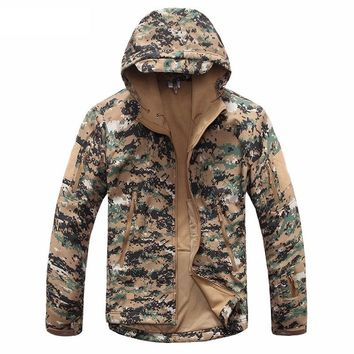 New Digital Camouflage Tactical Gear Military Army Jacket Men Softshell Waterproof Hunter Clothes Winter Casual Jackets