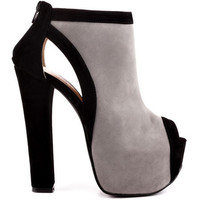 Luichiny - Hang Of This - Light Grey Black Suede