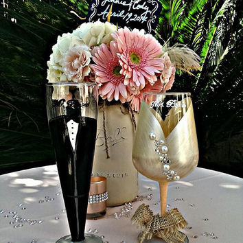 Country Chic Wedding glasses - groom pilsner - bride wine glass custom - 20 oz