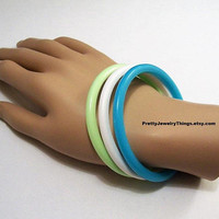 Blue White Green Pastel Bracelet Bangles Vintage Round Three Lucite Stackable Wrist Rings