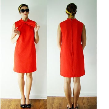 VINTAGE 1960s Tangerine Red MOD Bow Tie Neck Shift Dress Medium